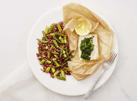 menu_small__Cod_en_Papillote_with_Herb_Butter__Farro__and_Lemon_Roasted_Asparagus_THUMB