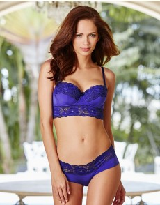 adore-me_barbados_031215_29_macie-hipster_020_web_macie-retro-longline-blue-lace-bras-and-thongs-for-women